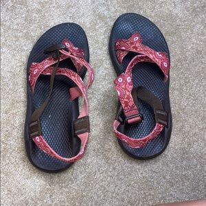 One strap chacos
